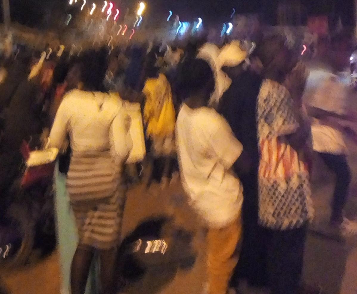 (Man Célébration Sainte sylvestre) Policiers et garde pénitentiaires s'affrontent