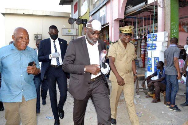(Côte d'Ivoire Lutte contre le Coronavirus) Le Maire de Cocody vient de fermer les maquis, restaurants, bars, boites de nuit pour 15 jours