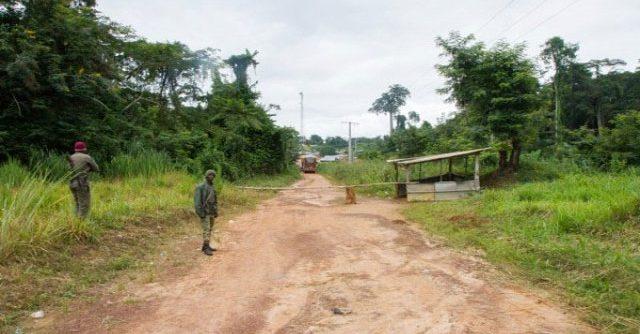 (Côte d'Ivoire Attaque terroriste)  Les terroristes et assaillants tuent 11 militaires ivoiriens (journaliste)