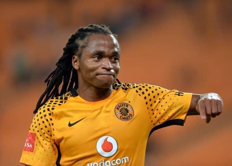 (Afrique du Sud Reconversion) 10 ans après la coupe du monde en Afrique du Sud, le premier buteur  des bafana bafana se reconvertit en politique