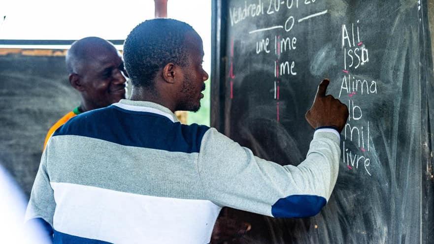 [Alphabétisation] La filiale coton d'Olam forme les paysans