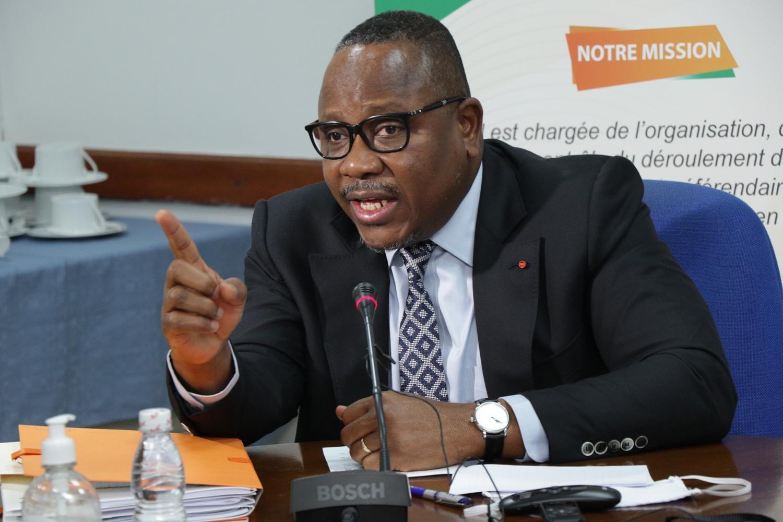 (Côte d'Ivoire  Election présidentielle)Coulibaly  Kuibert  défend la CEI